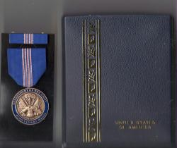 Army Civilian Achievement Award medal for Civilian Service in case with ribbon bar